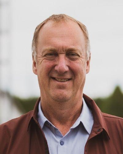 Dr. Stewart Ritchie